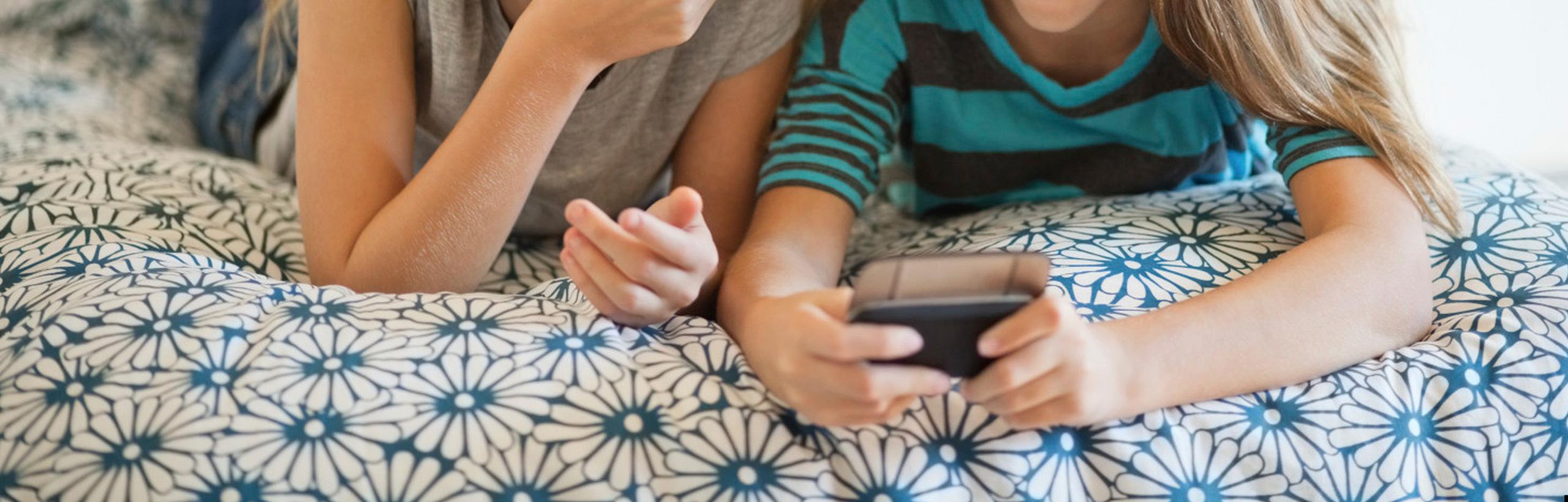 Innovadors canals online de comercialització de continguts i productes d'entreteniment i merchandising.